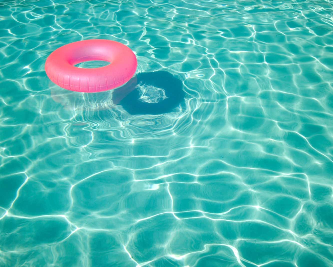 sparkling-pool